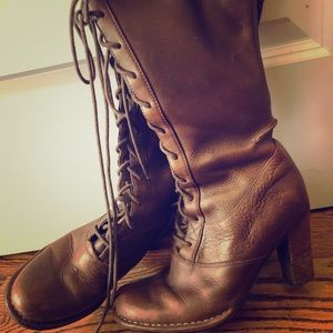 Frye Vintage Lace-up Boots